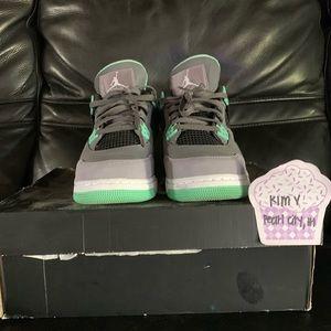 Jordan 4s Green Glows 7Y